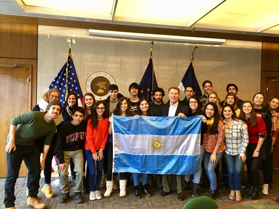 Friends of Fulbright students meet with Mayor Joe Hogsett in Indianapolis